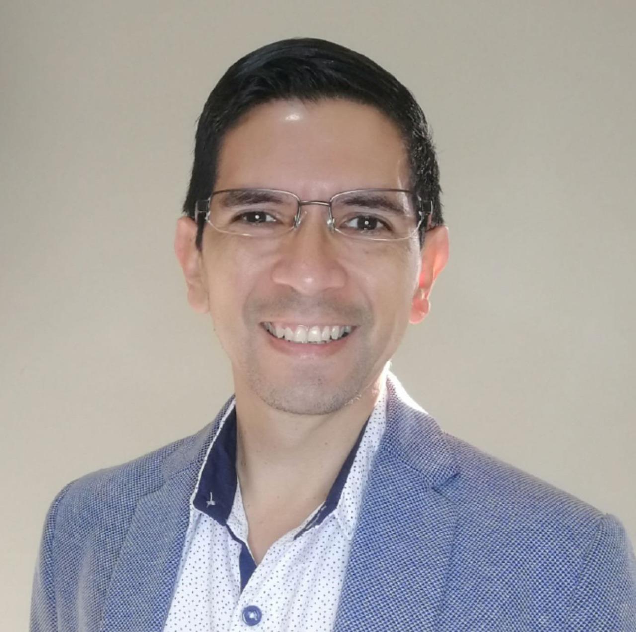 Ing. JuanFer Campos