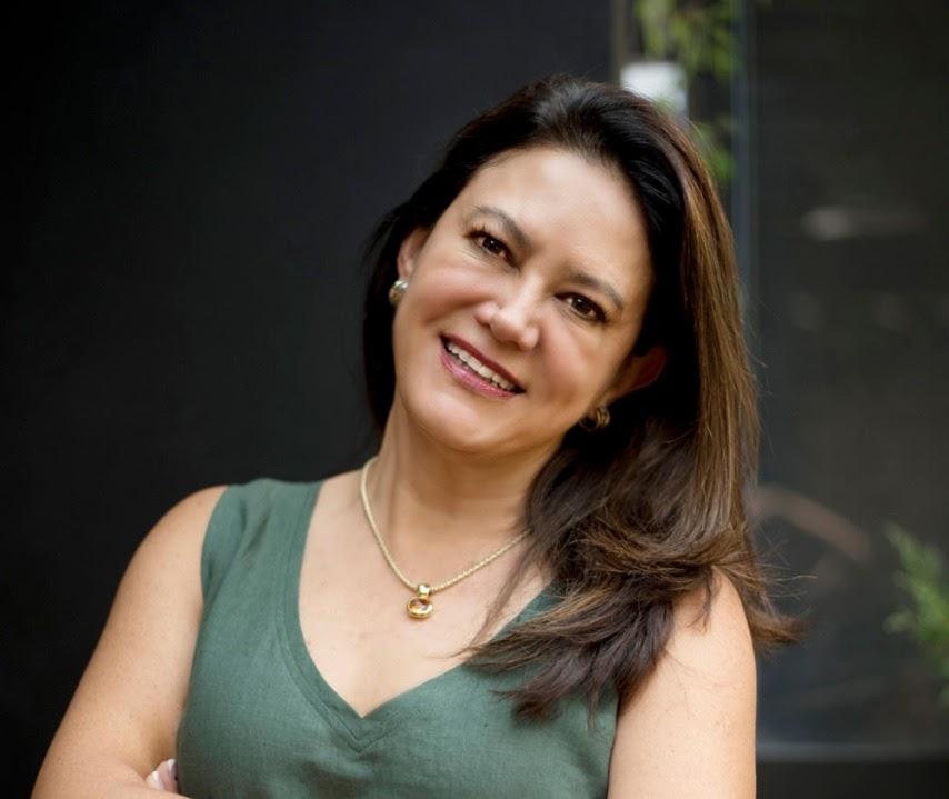Beatriz E. Cacho García