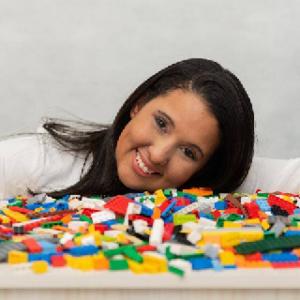 Mirella Santos